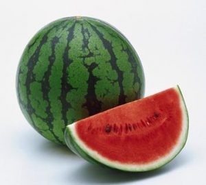Dưa hấu - một trong bốn loại rau quả dưỡng tâm trong mùa hè