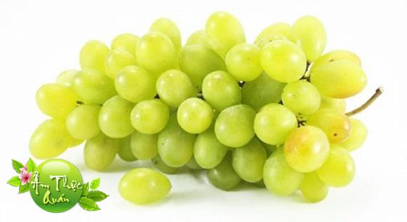 Quả nho - Một trong Những thức ăn có tác dụng giải độc
