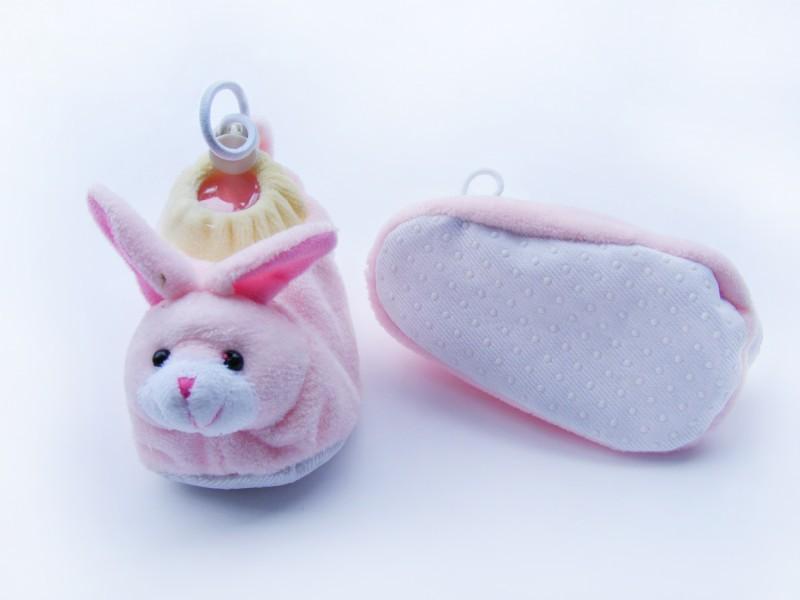 Cách lựa chọn giày cho bé sơ sinh