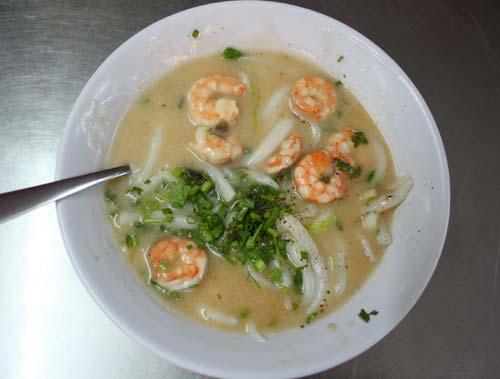 Bánh canh tôm nước cốt dừa Bạc Liêu