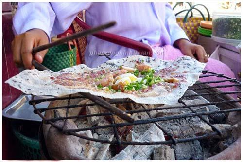 Bánh tráng mắm ruốc nướng Bình Thuận