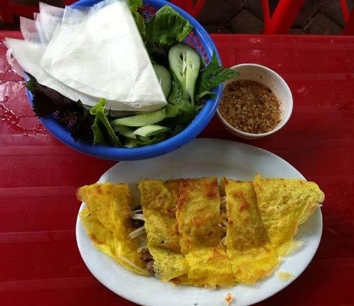 Bánh xèo và bún thịt nướng Hà Nội