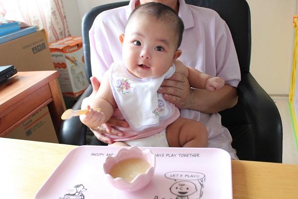 Thực đơn ăn dặm của Viện dinh dưỡng cho trẻ 6 tháng tuổi đúng chuẩn