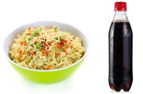 Những tác hại khi kết hợp nước có ga với một số thực phẩm