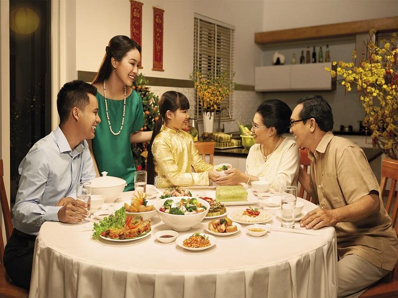 Ý nghĩa bữa cơm ngày Tết của người Việt