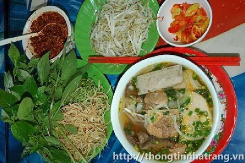 Bún bò Nha Trang