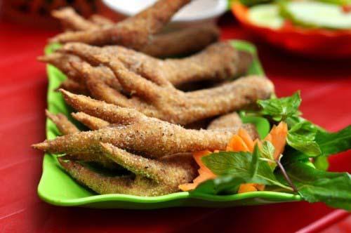Chân gà rang muối Hà Nội