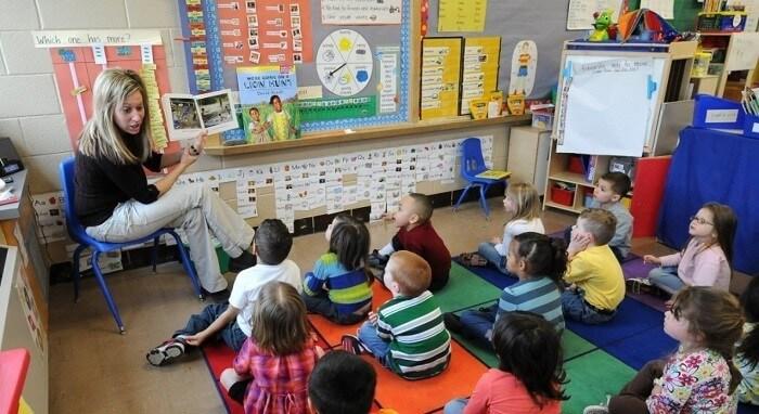 Giáo dục sớm cho trẻ sơ sinh và những điều bố mẹ phải nhớ