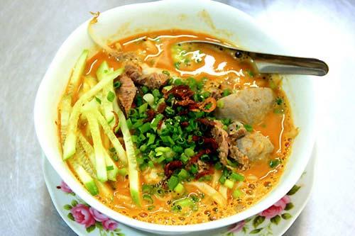 Hủ tiếu sa tế Sài Gòn