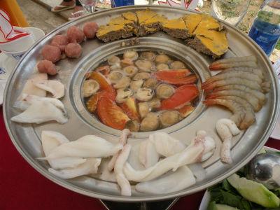 Lẩu cua đồng hải sản Sóc Trăng