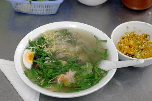 Mỳ vằn thắn ở Hà Nội