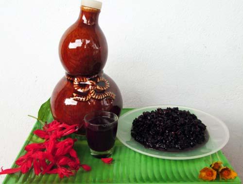 Rượu nếp than Lai Châu