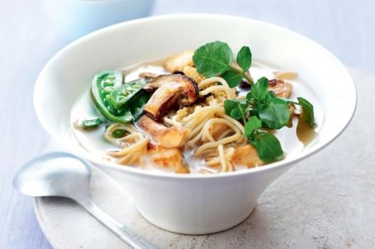 Mì gà miso bổ dưỡng, ít béo làm nên bữa trưa tiện lợi