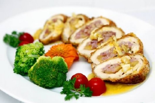 Cách làm gà cuộn phô mai thơm ngon, béo ngậy