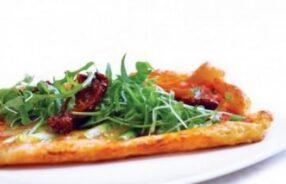 Bánh tart phô-mai dê và phô-mai Port Salut