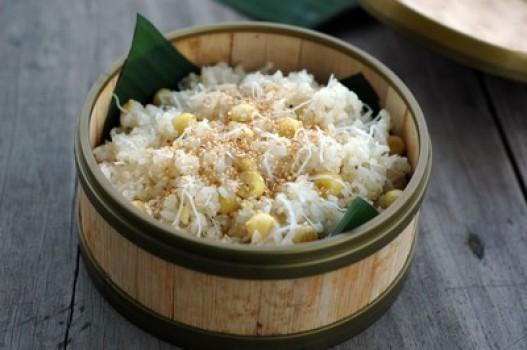 Nấu xôi dừa hạt sen dẻo thơm