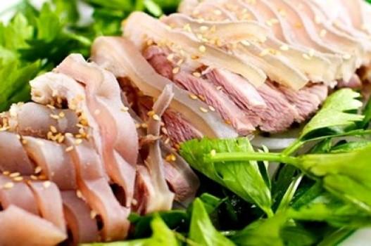 Thịt bê chấm tương bần