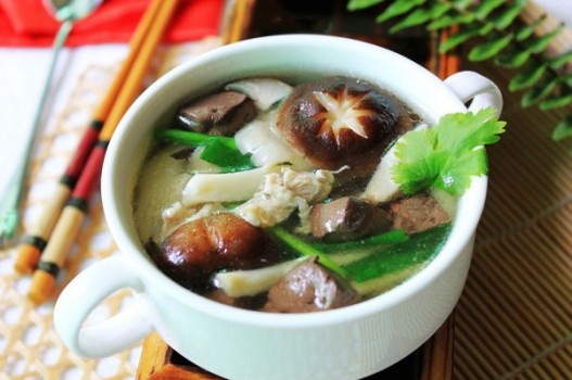 Canh nấm