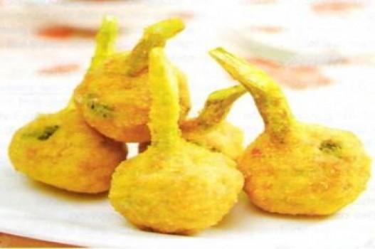 Bông cải xanh bọc hải sản rán giòn